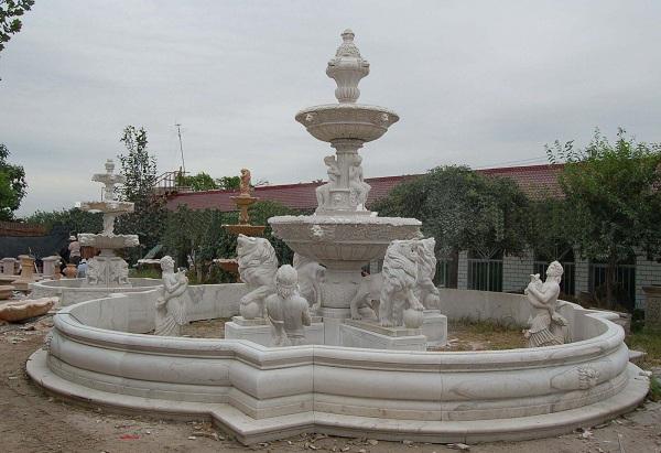 Vị trí đặt đài phun nước bằng đá