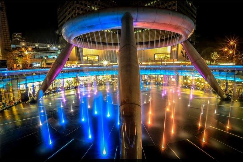 Đài phun nước Wealth, Singapore